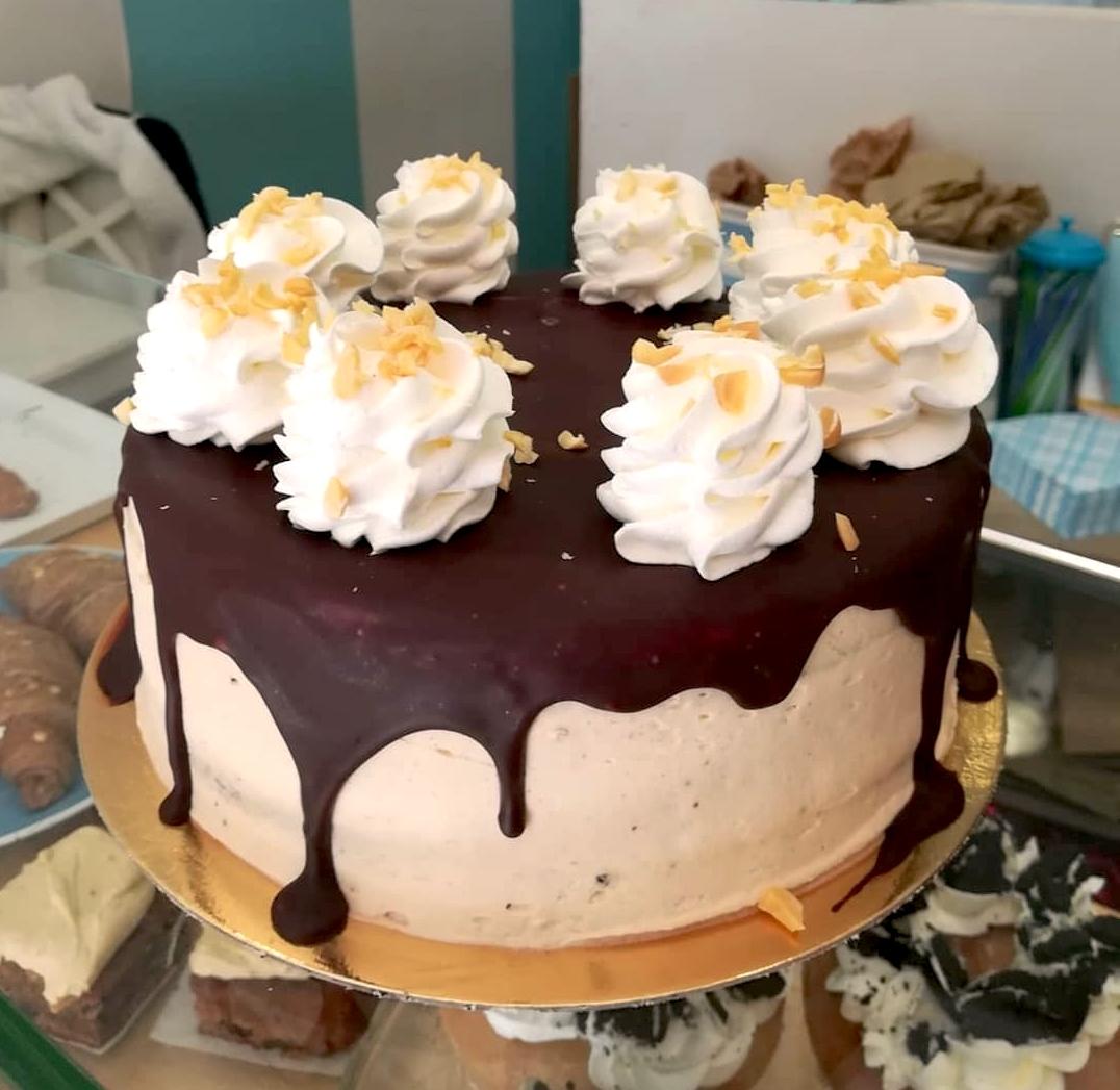 Tarta chocolate y crema de cacahuetes